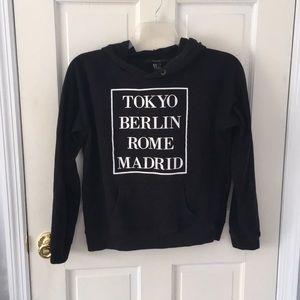 ⭐️Forever 21 graphic sweatshirt